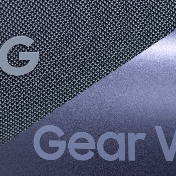 Google Daydream View vs Samsung Gear VR